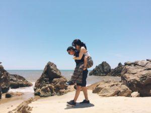 Biển Đá Nhảy Quảng Bình - hinh 1