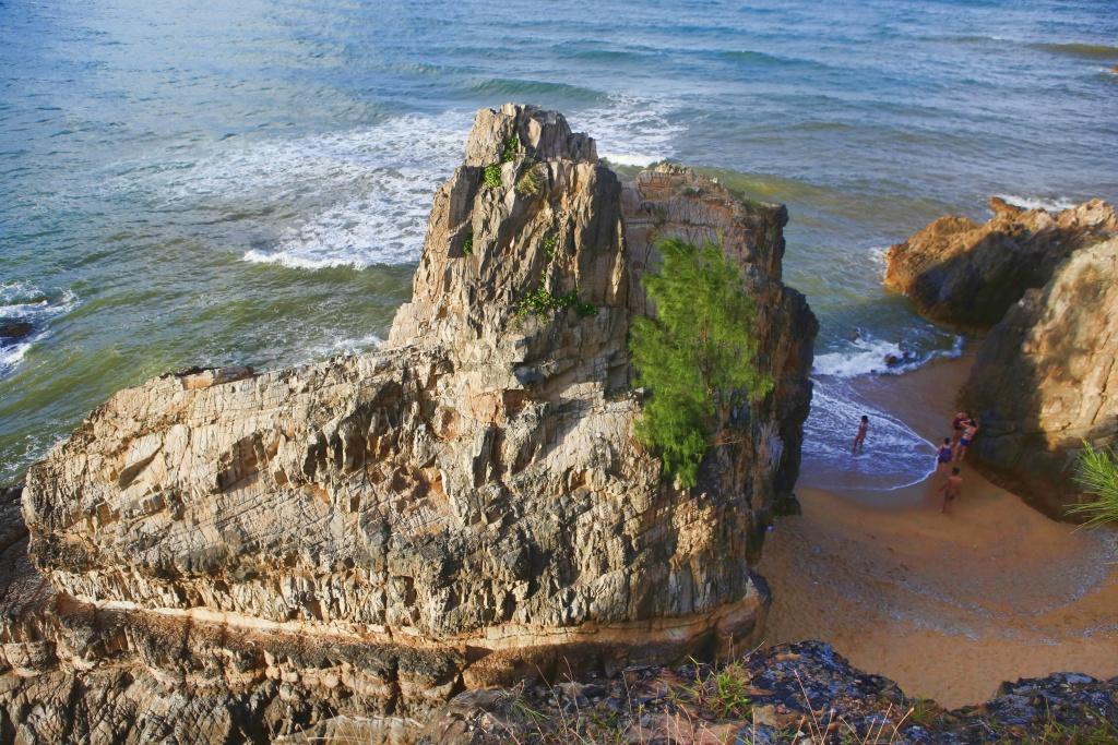 Biển Đá Nhảy Quảng Bình - hinh 4