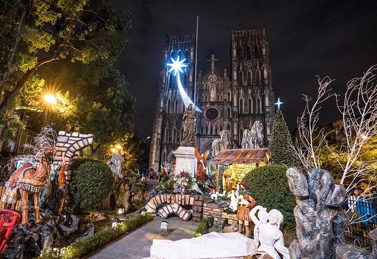 Top 7 địa điểm đón giáng sinh hấp dẫn tại Hà Nội - hinh 2
