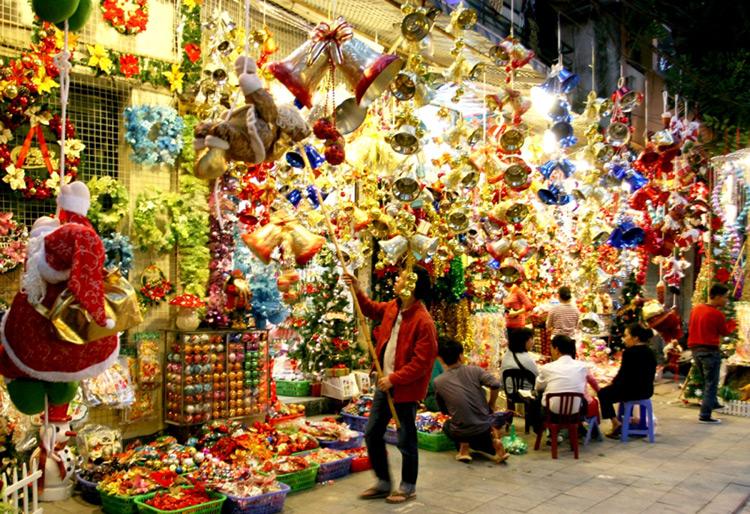 Top 7 địa điểm đón giáng sinh hấp dẫn tại Hà Nội