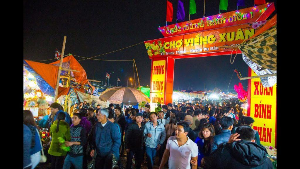 Giá thuê xe đi lễ hội chợ Viềng – Nam Định Tết 2020