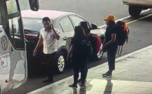 Sân bay Nội Bài lo đối phó 'cò' taxi - hinh 3