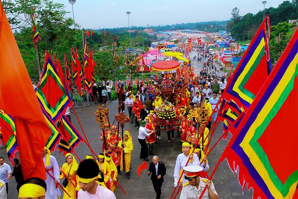 Giá thuê xe đi lễ hội Đền Hùng – Phú Thọ năm 2020