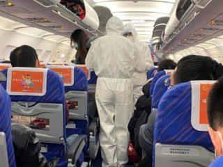 Chỗ ngồi trên máy bay ít có nguy cơ lây nhiễm virus corona nhất - hinh 3