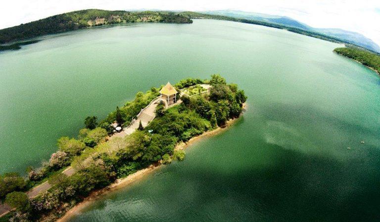 Ngắm Biển Hồ – Tơ Nưng đẹp quyến rũ ở Gia Lai - hinh 12