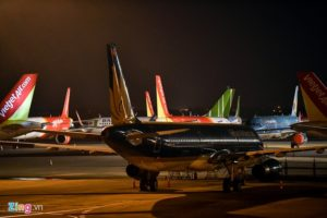 Hàng không Việt hủy chuyến mùa dịch, khách có được hoàn tiền?