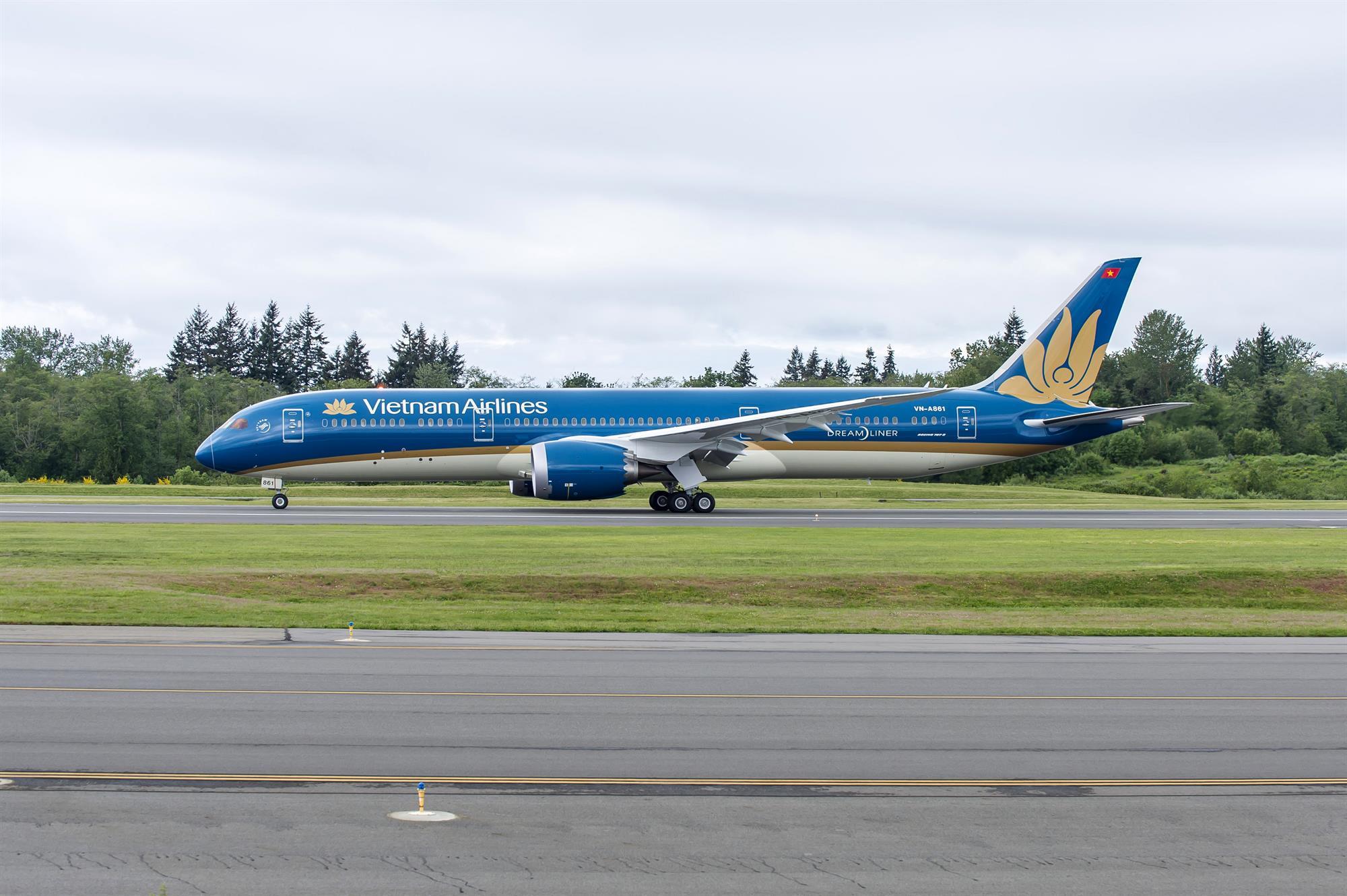 Hành khách bay nội địa trên VNA sẽ phải khai báo y tế điện tử trước khi khởi hành