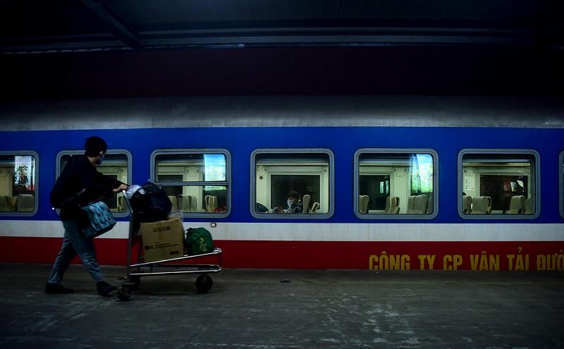 Chuyến tàu hỏa duy nhất còn hoạt động- hinh 10