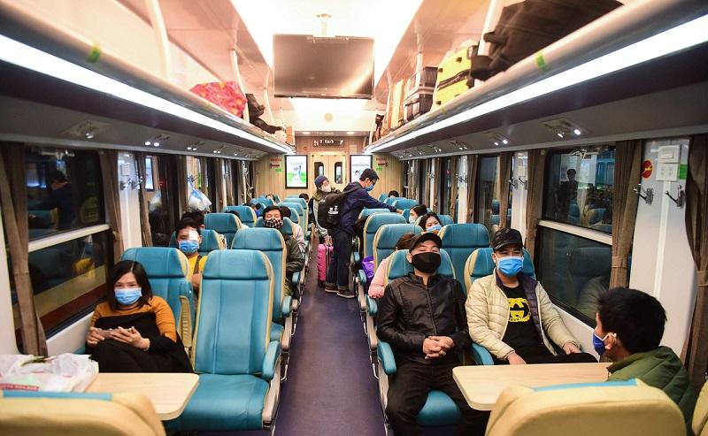 Chuyến tàu hỏa duy nhất còn hoạt động- hinh 4