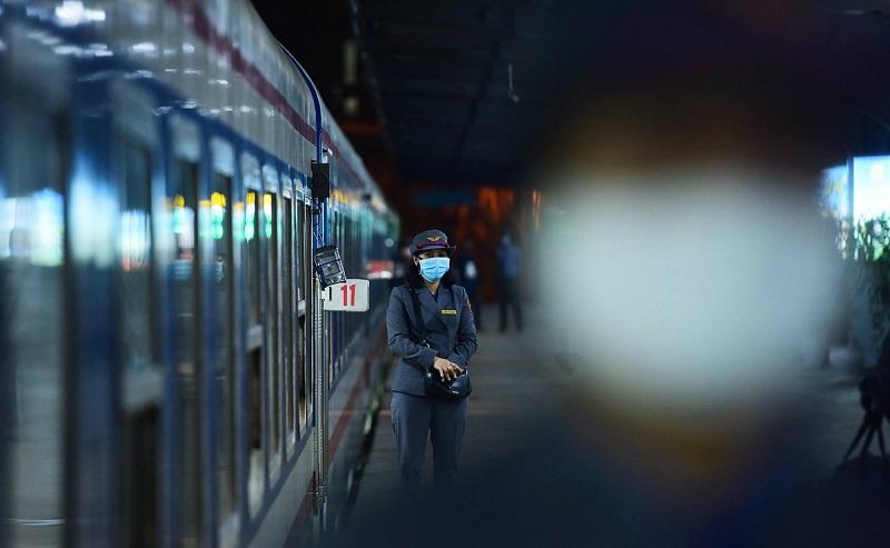 Chuyến tàu hỏa duy nhất còn hoạt động- hinh 5